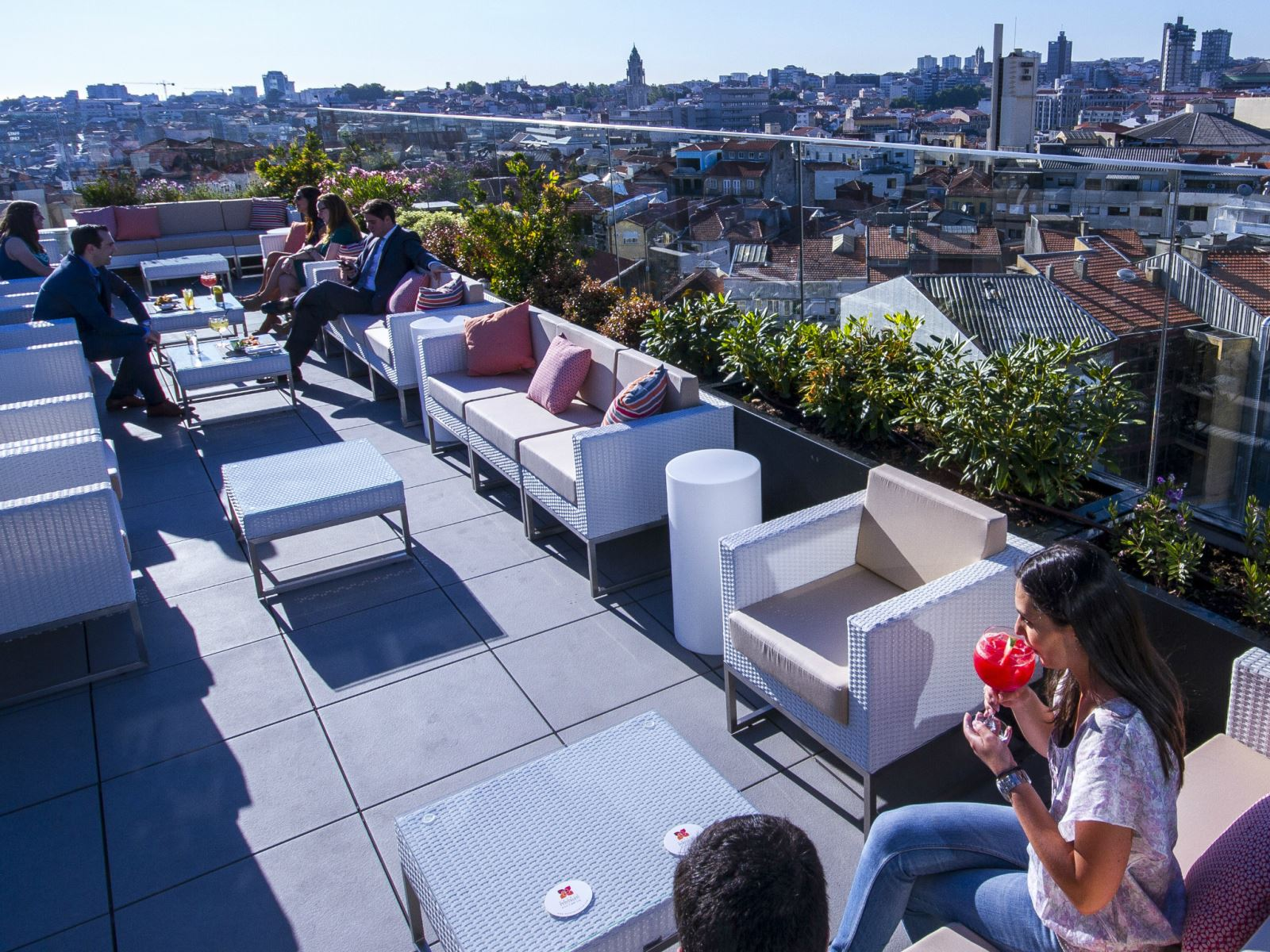 Incentive-travel-ideas-best-rooftop-bars-in-portugal-1