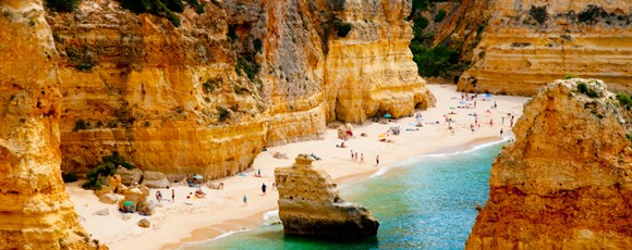 Team Building in Portugal: Top 7 Activities in Algarve