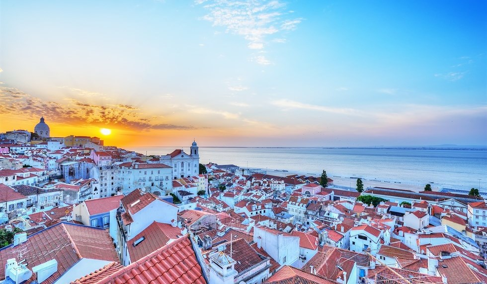 Portugal-the-right-place-for-a-company-retreat