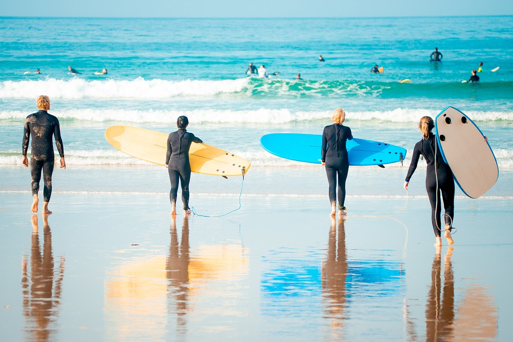 team-building-activities-for-warm-days-surfing-class